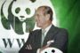 Małżonek brytyjskiej królowej Elżbiety II – Filip, książę Edynburga, myśliwy z krwi i kości – był prezesem brytyjskiego oddziału WWF od chwili powstania w 1961 roku do 1982 roku oraz prezesem światowej centrali w latach 1981–1996, zachowując obecnie honorowy tytuł emerytowanego prezesa tej organizacji