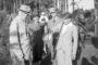 Józio Zwisłocki, wnuk Ignacego Mościckiego z upolowana kaczką. Jurata sierpień 1937